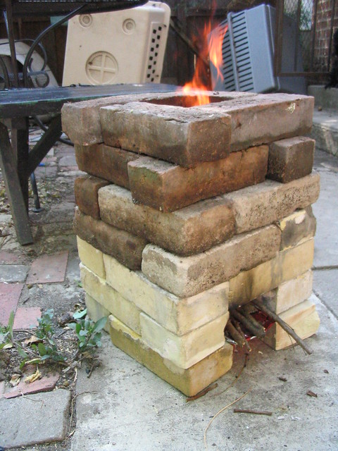Improvised dry stacked brick rocket stove 2009 aug img for How to make a rocket stove with bricks