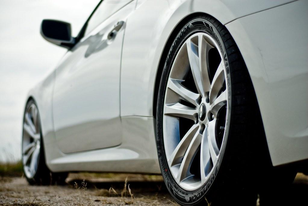 Widest tires on OEM wheels Hyundai Genesis Forum