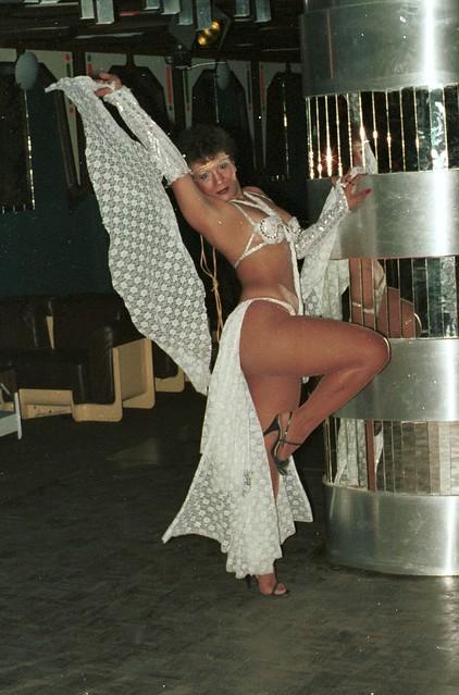 Venezuela Puerto Ordaz Disco Rasil Cabaret Show Ladies 1984 -04