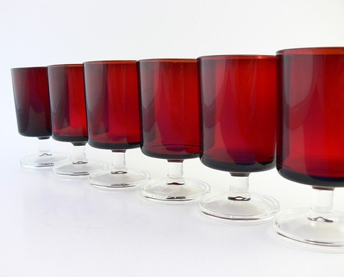 Set of 6 - Wine Glasses - Luminarc Vintage Ruby Red Cavalier, France c. 1970s