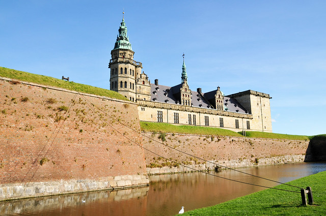 Kronburg Castle by CC user archer10 on Flickr