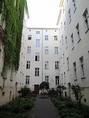 Altbauten, courtyard