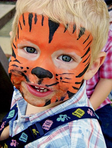 Easy tiger face paint - photo#11