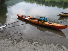 canoe(0.0), watercraft rowing(0.0), boats and boating--equipment and supplies(1.0), vehicle(1.0), kayak(1.0), boating(1.0), kayaking(1.0), watercraft(1.0), sea kayak(1.0), canoeing(1.0), oar(1.0), boat(1.0), paddle(1.0),
