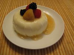 semifreddo(0.0), produce(0.0), bavarian cream(1.0), blancmange(1.0), food(1.0), icing(1.0), dish(1.0), dessert(1.0), cuisine(1.0), pudding(1.0),