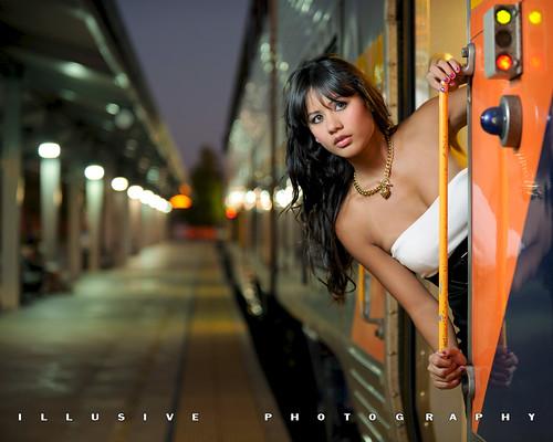 woman sexy night train model nikon pinay brunette kpa bakersfield cls kerncounty strobist modelmayhem sb900 nikond700 nikonafsnikkor70200mmf28gedvrii