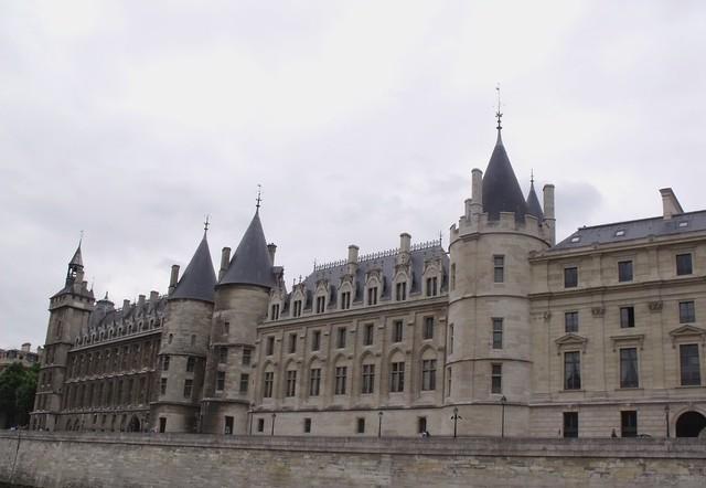 Conciergerie and the Palais de Justice - Cour de Cassation ...