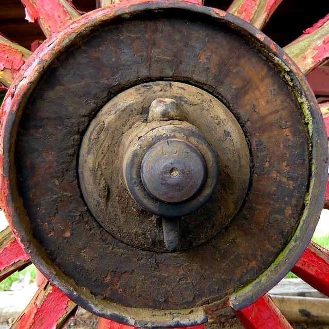 Buggy Wheel Hub : Wagon wheel hub flickr photo sharing
