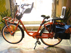 Batavus Personal Delivery Bike Loaded up at Flying Pigeon LA