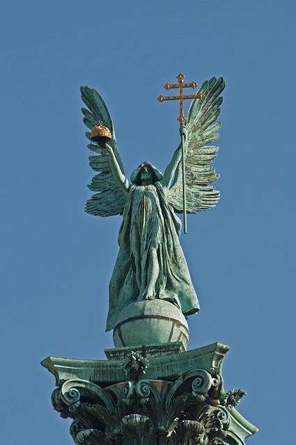 Gabriel Angel Statues Statue of Archangel Ga...