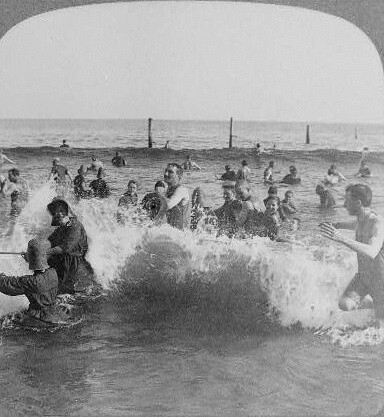 (animated stereo) Coney Island surf, 1903