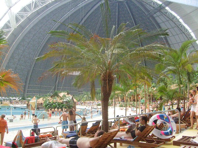 Tropical Islands in the Middle of the Cold Germany