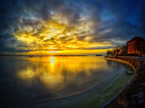 landscape kaivopuisto jäässä ice jäätynyt jää sea meri auringonnousu hero5 visithelsinki gopro seascape goprohero5 sunrise frozen