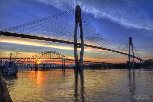 geotagged bridges railway surrey skytrain fraserriver hdr newwestminster pattullo janusz leszczynski geo:lat=49205633 geo:lon=122901102 024548