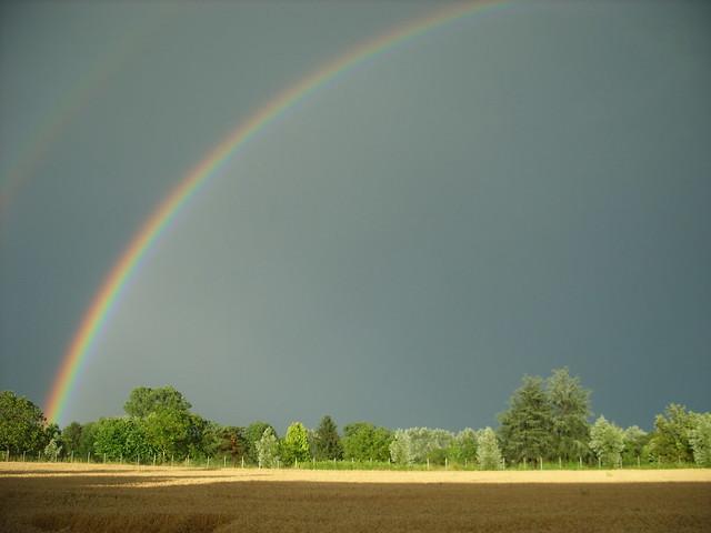 Somewhere over the rainbow...s