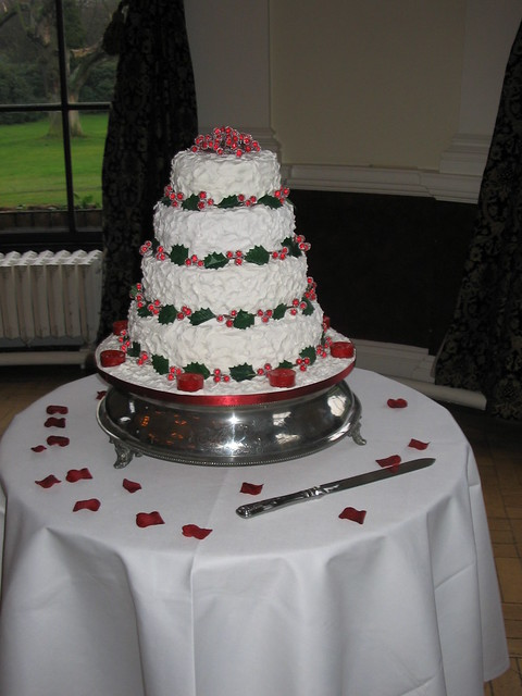 Christmas Wedding cake My sister 39s wedding cake My first cake using royal