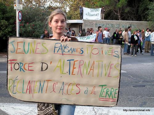 Jeunes paysan(ne)s motivé(e)s, force d'alternatives, réclament l'accès à la terre