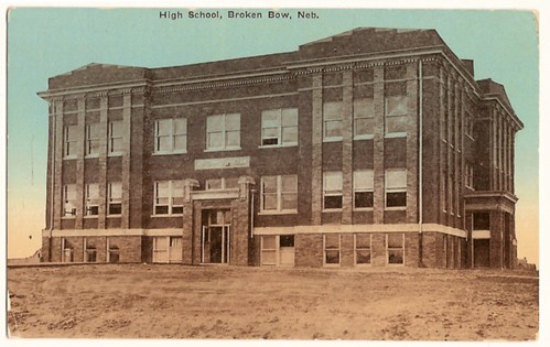 Old Vintage postcard showing  the High School, Broken Bow, Nebraska