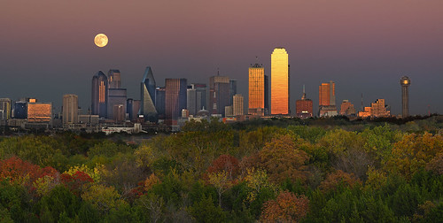 city autumn usa skyline dallas downtown fallcolor fullmoon hdr coth hamptonrd