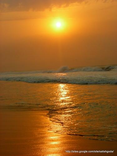 ocean beach sunrise vizag