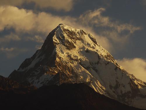 nepal mountain sunrise himalaya annapurna npl ghorepani myagdi