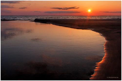 sunset beach water sand lakemichigan greatlakes whitehall montague muskegon artprize meinertcountypark stacyniedzwiecki stacycossolini puremichigan 1stjd