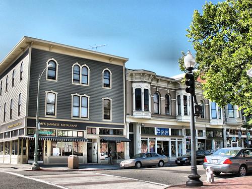 Oakland Street Scene