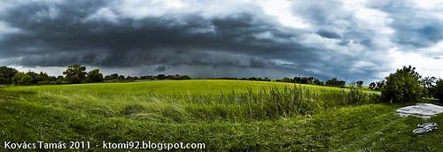 cloud storm rain eső felhő vihar mező villám rét