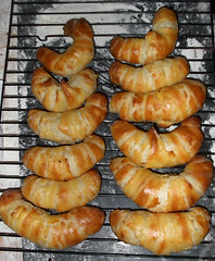 rugelach(0.0), dessert(0.0), pigs in blankets(0.0), kifli(1.0), baked goods(1.0), food(1.0), bread roll(1.0), dish(1.0), cuisine(1.0), danish pastry(1.0), croissant(1.0),