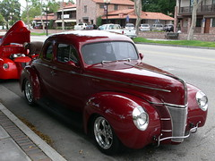 1937 ford(0.0), automobile(1.0), automotive exterior(1.0), 1941 ford(1.0), wheel(1.0), vehicle(1.0), mid-size car(1.0), compact car(1.0), hot rod(1.0), antique car(1.0), sedan(1.0), vintage car(1.0), land vehicle(1.0), luxury vehicle(1.0), motor vehicle(1.0),