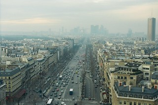 .17. //60g/1k/1011/41.f - Winter in Paris /  view from the Arc du Triomphe 1996
