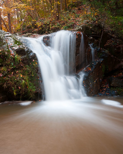 autumn waterfall maryland baltimore orangegrove casdadefalls pataspcostatepark