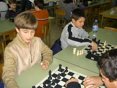 go(0.0), play(0.0), indoor games and sports(1.0), sports(1.0), recreation(1.0), tabletop game(1.0), games(1.0), chess(1.0), board game(1.0),