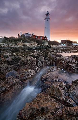 longexposure sea lighthouse seascape sunrise dawn coast northumbria northsea coastline gitzo stmarys whitleybay tyneandwear sigma1020 leefilters baitisland samsunggx20 steveboote