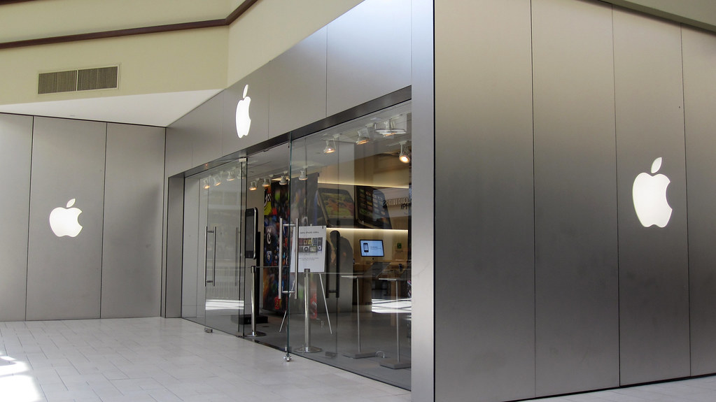 make an appointment at the apple store danbury ct