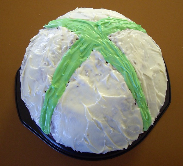 Xbox Birthday Cake http://www.flickr.com/photos/lt81/4091348793/