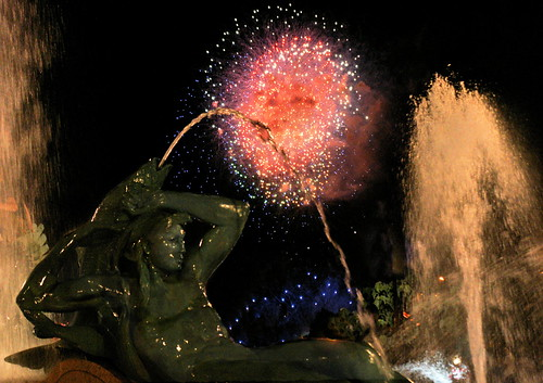 Philadelphia fireworks at Swann Fountain #2