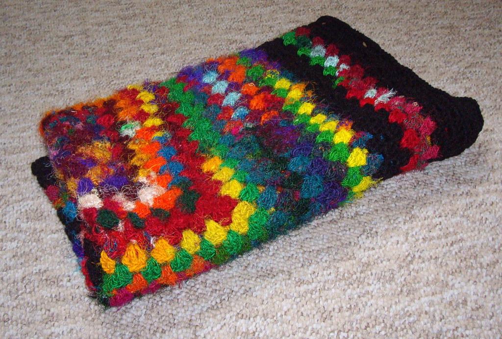 Sari silk folded | Made with sari silk yarn and a little bla