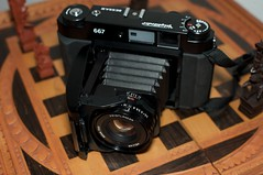 Voigtländer Bessa III 667 on a Chess Board