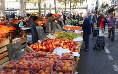 Carcassonne market at Place Carnot