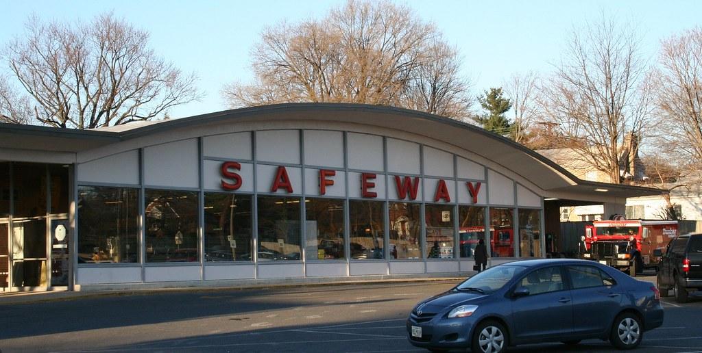 Four Corners Safeway, Silver Spring