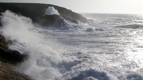 Rough sea in Brittany France - photo by FranceHouseHunt.com