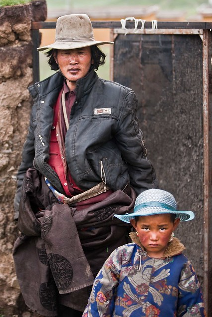 Tibeten father and child