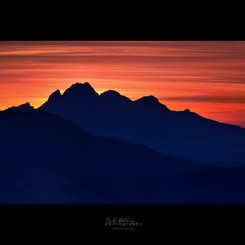 light sunset mountains colour clouds sunrise landscape southafrica rocks natural rich naturallight locations westerncape franschhoek 105mm f20 ef24105l capefoldbelt
