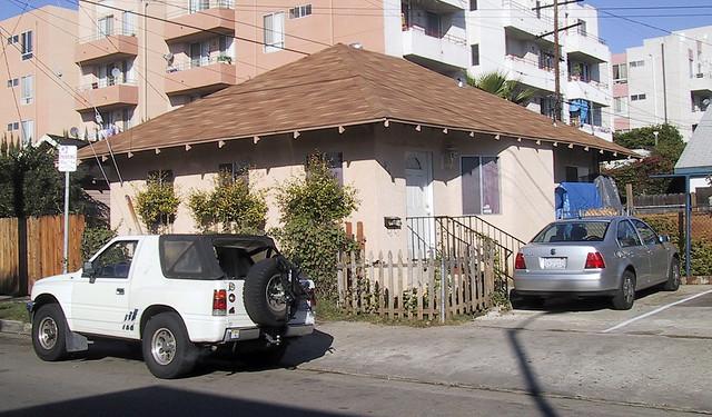 lexhaus mit autos