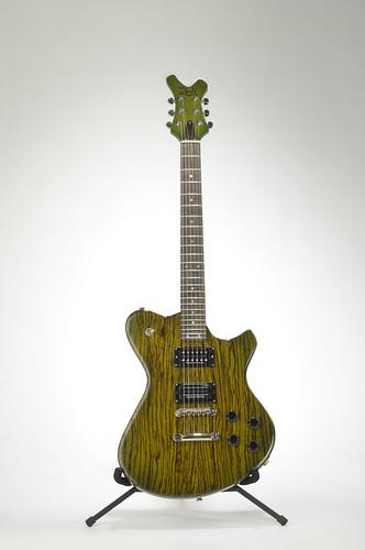 lighting wood music green electric studio buffalo nikon guitar custom instruments luthier strobe studiolighting doran strobist