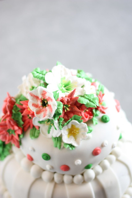 Christmas Cake Ideas Wilton : Christmas Cake (Wilton Course 3 Final Project) Flickr ...
