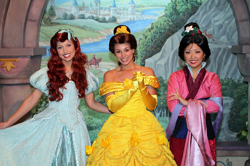 Meeting Ariel, Belle and Mulan