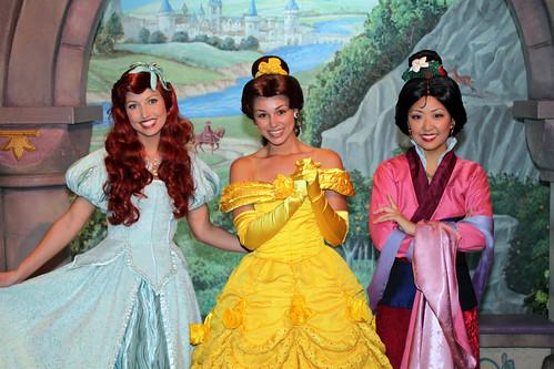 Meeting Ariel, Belle and Mulan