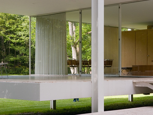 white house glass architecture modern river illinois flood steel fox farnsworth plano van travertine der mies minimalist modernist rohe